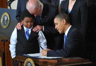 奥巴马签署医改法案