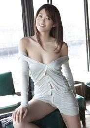 日本校花美少女 性感与清纯并重 组图