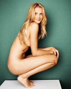 长腿美女遭李娜完爆惹人怜 曾拍全裸写真