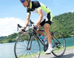 有关描述骑自行车的优美句子