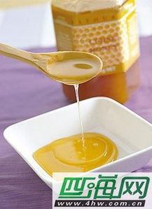 蜂蜜用开水冲可以吗(蜂蜜用热开水冲好吗)