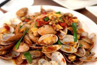 还有个海胆蒸蛋和椰子饭没有拍,营养很丰富,这一顿很便宜,海鲜的个头都很大,肉多饱满,关键是味道很好,新鲜,比内地海鲜好吃太多了!