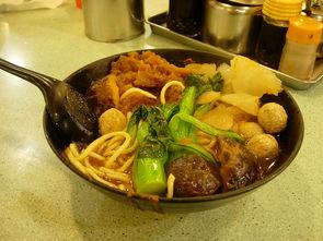 别到了香港开始惦记台湾 街边小吃谁都不输谁