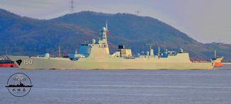 批量装备时代 我海军第四艘神盾舰将服役