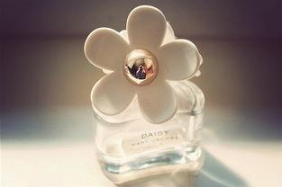 爱清新淡雅的香 香水瓶子唯美图片
