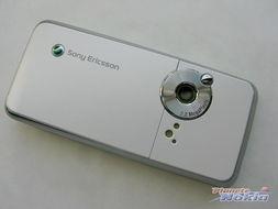 索尼爱立信新款手机K660i-索尼爱立信K660i白色版赏 索尼爱立信K660i
