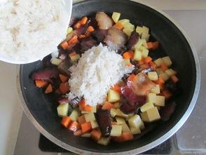 腊肉和鸡蛋焖饭