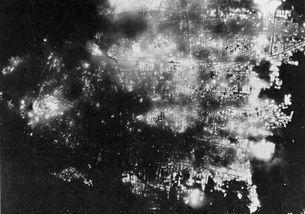 1945年8月15日,日本投降,再不投降日本就彻底被夷为平地