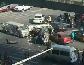 北京警方公布北苑路车祸肇事司机与车主详情