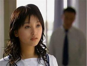 还记得十八岁的天空中的蓝菲琳吗如今跨行当主播满屏666