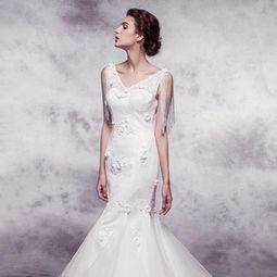 新娘如何选择拖尾的长度