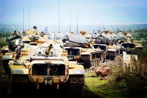 进入叙利亚作战的土耳其坦克部队