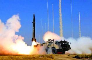 火箭军某型常规导弹发射瞬间火箭军某导弹发射旅组建以来,先后圆满完成数十次重大任务,发射导弹百余发,是火箭军第二支百发百中旅.