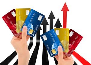信用卡被冻结但有额度(信用卡逾期四个月解冻成功)_1679人推荐