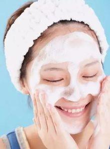 最基本的洗脸都不会,别指望脸小 皮肤好了