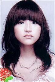 抓拍日本美女本季最爱的12款流行发型