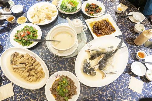 七道江湖菜制作,超受欢迎!味道绝赞!  老坛酸菜竹笋鸡做法视频