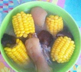 猪脚玉米香菇汤的做法大全家常