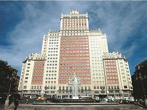 马德里地标性建筑西班牙大厦。(