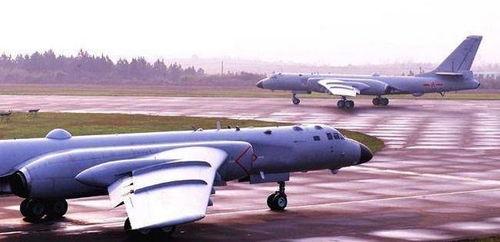 中国空军首次赴西太平洋开展远海训练