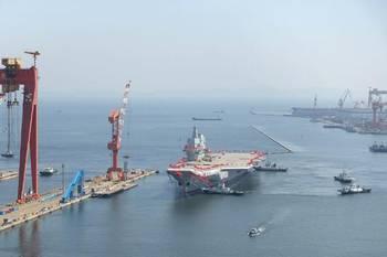 首艘国产航母正式下水 这位中国老将军梦想终于成真了