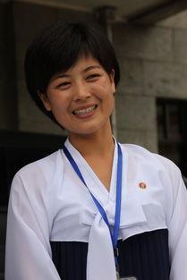 朝鲜美女慰问中国海军 图揭朝鲜女人日常生活