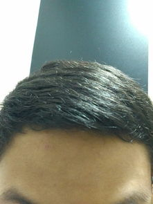 头发硬自然卷的人命运