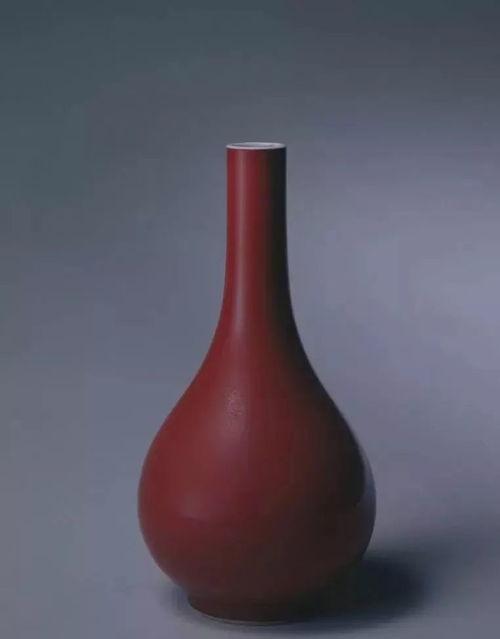 清雍正霁红釉胆式瓶