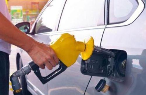 老司机们为什么不选择早上去加油加油站工作人员告诉你真相